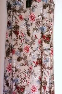 Długa sukienka NEW LOOK 38...
