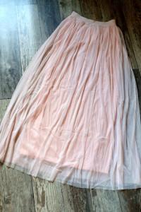 Spódnica puder róż długa z tiulu z podszewką na gumie...