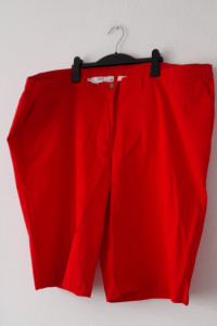 Czerwone damskie spodenki z wysokim stanem 56...