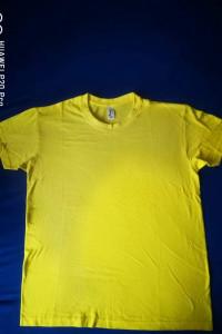 Żółty t shirt...