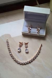 Zestaw złotej biżuterii ślubnej 2 x kolczyki bransoletka kwiaty...