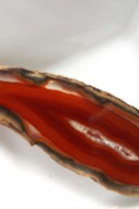 Naturalny surowy agat w kolorze koniaku wisiorek...
