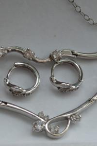 Naszyjnik kolczyki i bransoletka 925...