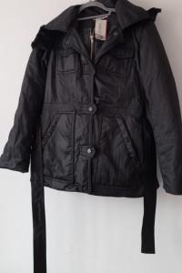 Czarna kurtka płaszczyk z futrzanym kapturem 38 40...