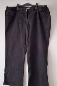 Czarne jeansy z wysokim stanem 52 54...