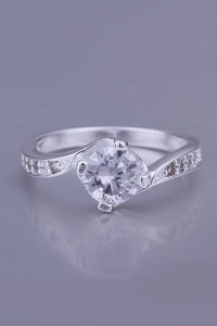 Nowy pierścionek srebrny kolor biała cyrkonia oczko...