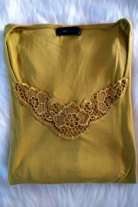 Oliwkowa bluzka z koronką Vero Moda...