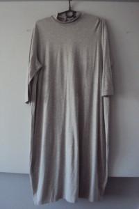 dzianinowa sukienka...