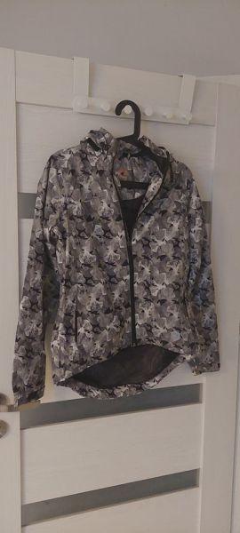 Odzież wierzchnia kurtka przeciwdeszczowa
