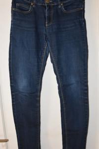 Ciemne spodnie jeansowe dżinsowe rurki Amisu rozmiar M...