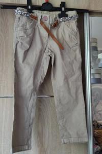 dzinsowe spodnie z paskiem...