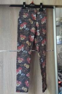 dzinsowe spodnie...