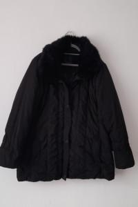 Czarna pikowana kurtka z futrzanym kołnierzem 50 52...