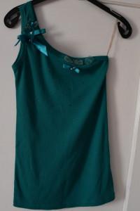 Zielona turkusowa bluzka na jedno ramię prążkowana kokardy cyrk...