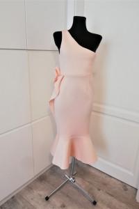 Pudrowa piankowa sukienka na jedno ramię Asos...