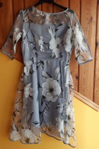 Sukienka w kwiaty rozm 40