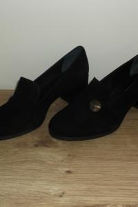 Czarne półbuty zamszowe Ann Mex 37