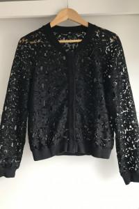 Sweter bomberka czarna h&m koronkowy koronka
