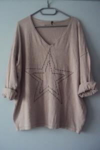 cienki sweterek z gwiazda...