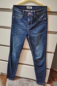 Damskie spodnie jeansy rurki S...