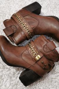 Botki kowbojki buty kozaki ccc...