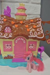 domek My Little Ponny Pinki Pie Hasbro rozkładany...