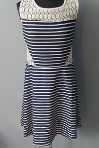 Sukienka w Paski Koronka 3XL Miss Classic...