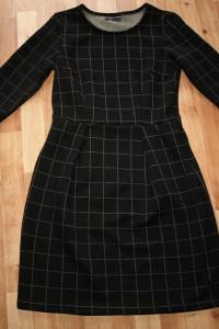 Dzianinowa sukienka S M