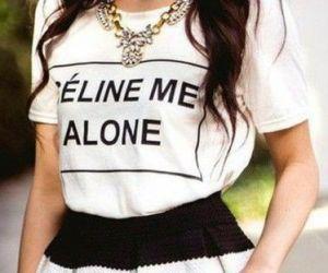 T-shirt z napisem- wyraź siebie.
