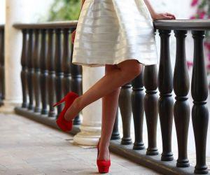 Do czego nosić czerwone szpilki?