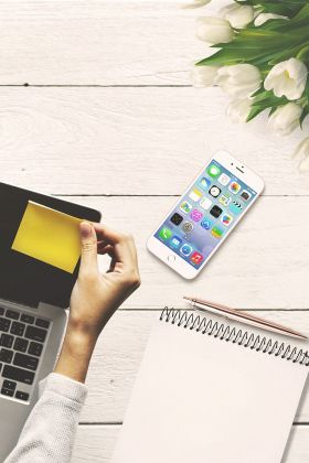 Praktyczne postanowienia noworoczne dla osób, które chcą być bardziej produktywne w pracy home office